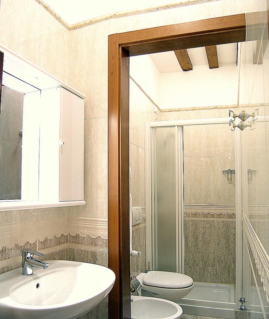 ... Sofa, Soundproof, Tile/Marble Floor, Hardwood/Parquet Floors,  Wardrobe/Closet, Hairdryer, Free Toiletries, Toilet, Bathroom, Bathtub Or  Shower, Bidet, ...